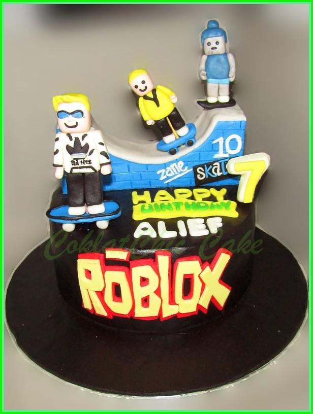 Cake ROBLOX ALIEF 15 cm
