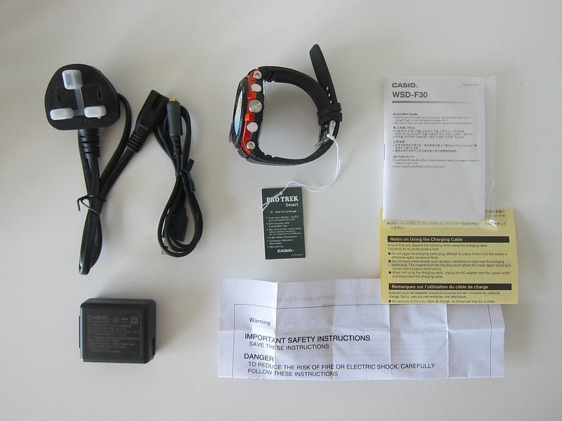 Casio WSD-F30 - Box Contents