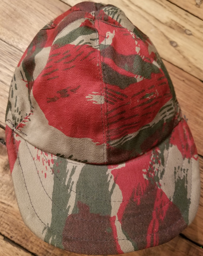 "Syrian ""Red Lizard"" Camouflage Hat 46292244201_bff98691ed_o"
