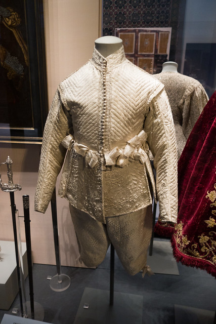 1630 male fashion
