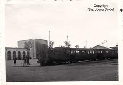 F-14000 Caen (14) SNCF Gare de Caen Chemins de fer du Calvados  Locomotive type 230 Weidknecht avec un train de voyageurs um 1942 - Photo of Cagny