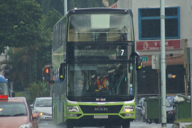 SG5999Z on SBS Transit Bus Service 7
