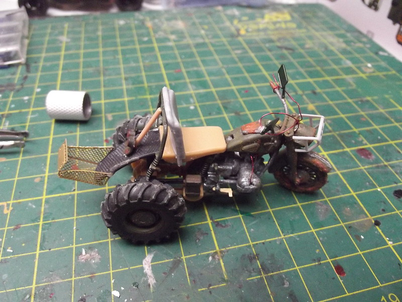 Buggy post apocalypse - Hobbyboss 1/35 45147157915_df6c3fd50f_c