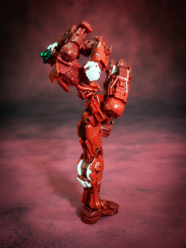 HiRM_Astray_Red_Frame_08