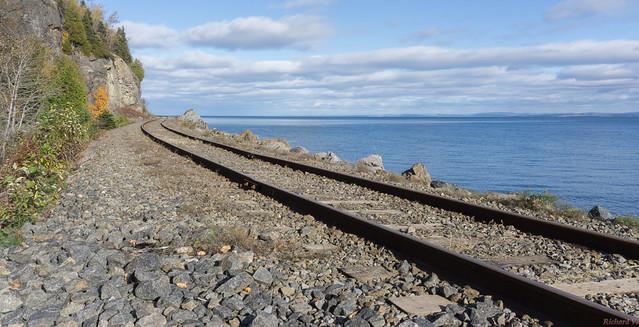 Rail - Chemin de fer - La Malbaie, Charlevoix, P.Q., Canada - 8168