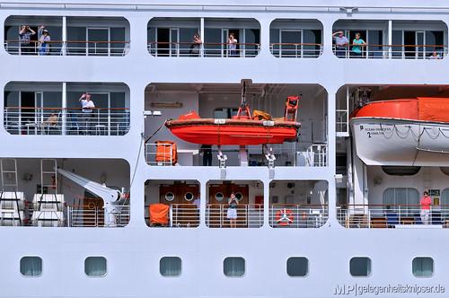 Kreuzfahrtschiffswand