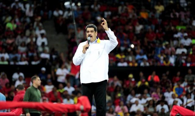 """Maduro diz que Venezuela """"não terá Bolsonaro"""" e faz desafio a general Mourão"""