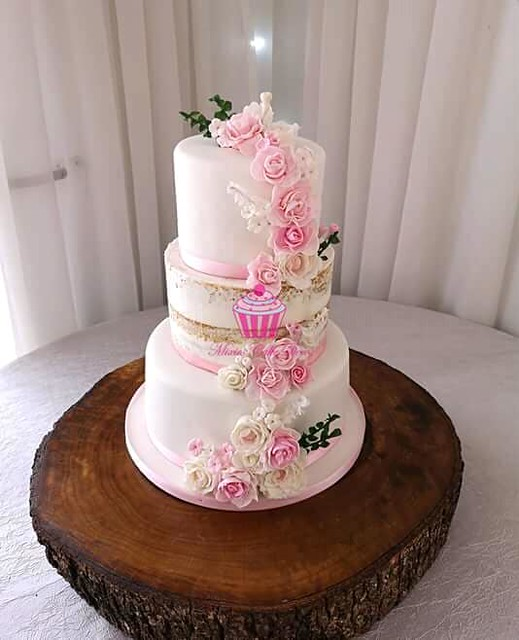Cake by Mixies Cake Deco Dbn