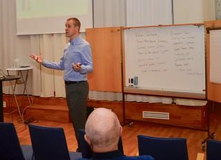 Philip Harper håller seminarium
