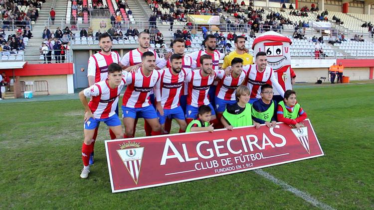 El Algeciras CF cumple el tramite con goleada ante el Espeleño