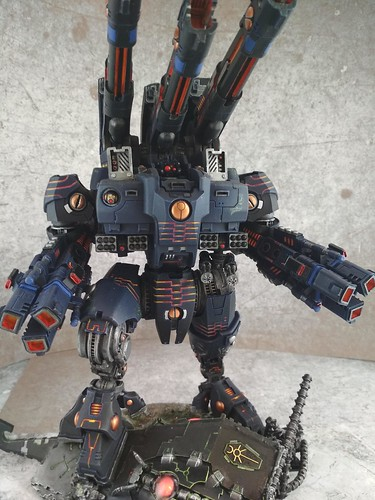 KX139 Taunar Supremacy Armour with Battlesuit Commander00020