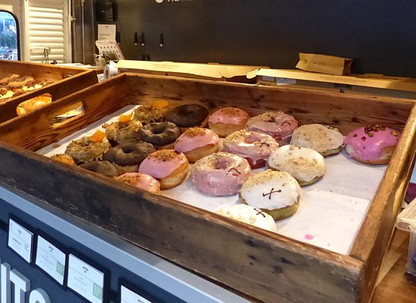 doughnuts roses
