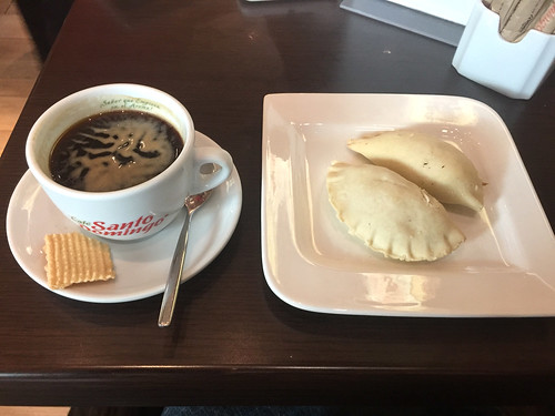 72 - Kaffee & Empanadas - Aeroporto SantoDomingo