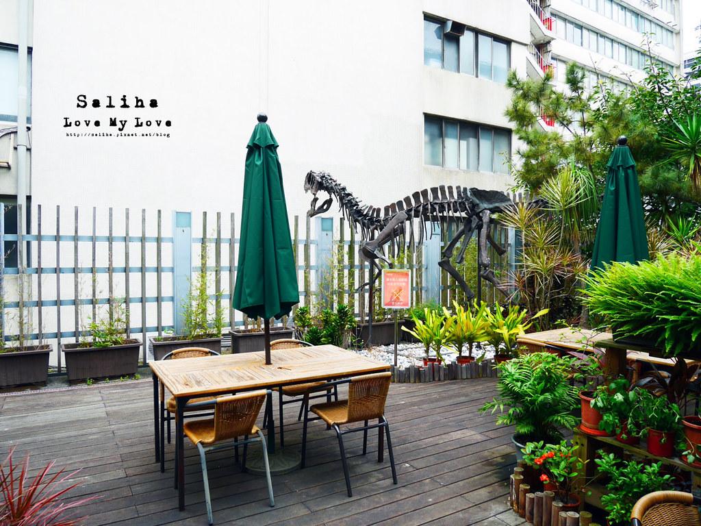 台北車站台大醫院站附近親子餐廳恐龍餐廳花園景觀餐廳咖啡下午茶 (6)