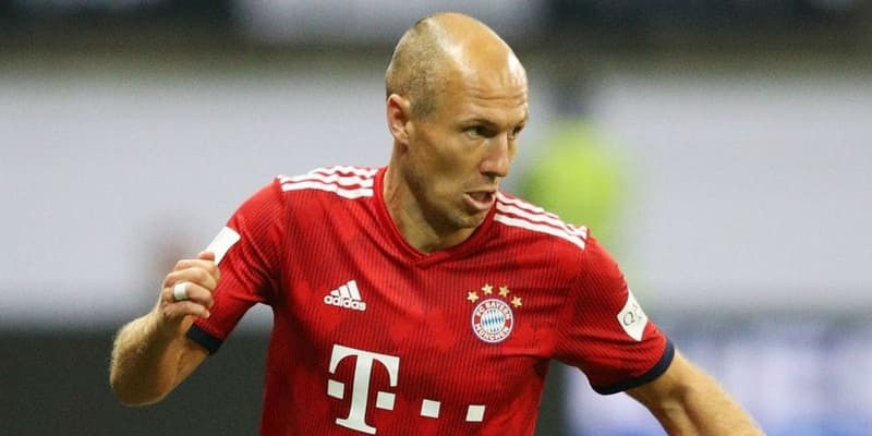 FC Tokyo mengkonfirmasi minat pada bintang Bayern Robben