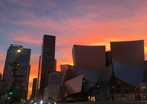 Disney Hall Twilight (5252)