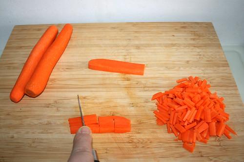 13 - Möhren in Stifte schneiden / Slit carrots