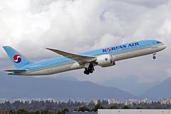 Korean Air Boeing 787-9B5 HL8082 YVR 14-09-18