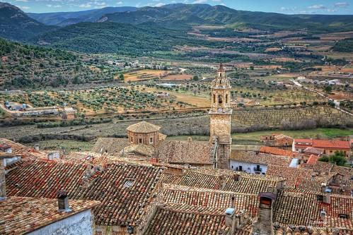 Por los tejados (I).  Peñarroya de Tastavins (Comarca del Matarraña). Teruel