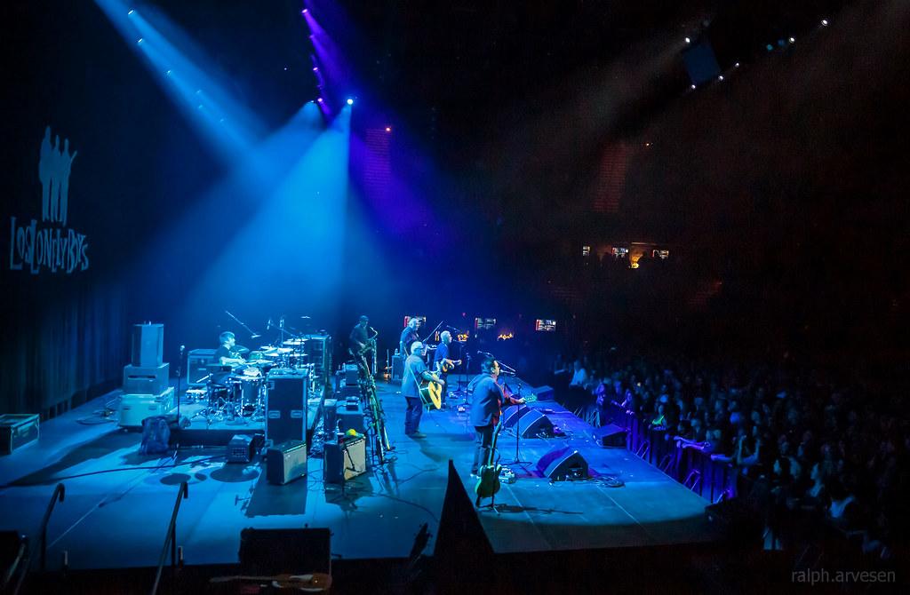 Los Lobos | Texas Review | Ralph Arvesen