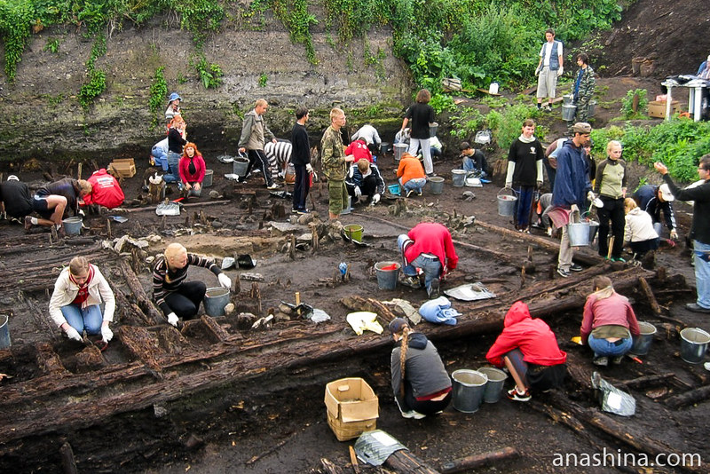 Работа на раскопе, Староладожская археологическая экспедиция