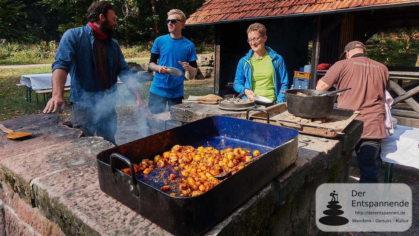 """Outdoor-Cooking an der Hirschwinkelhütte mit """"Waldwärts"""" - Kartoffelgemüse"""