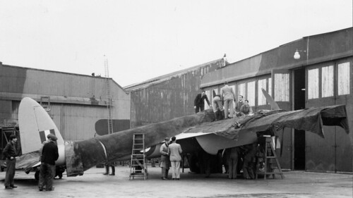 prototype De Havilland DH.98 Mosquito W0234 outside the Assembly Building, 19 November 1940.