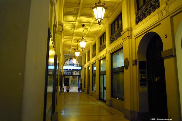 Bologna Galleria Acquaderni, Nikon COOLPIX S640