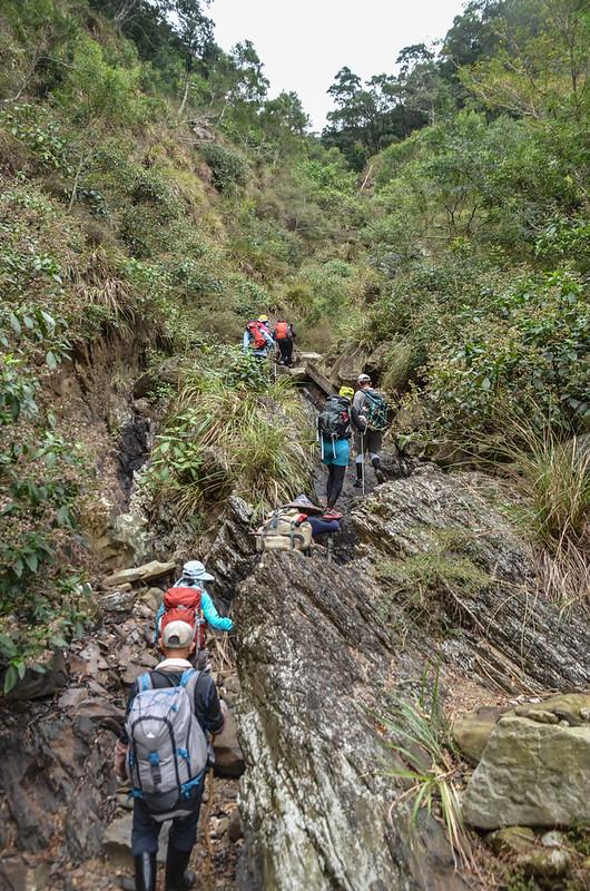 枋山溪上游乾瀑陡峭腰繞地形 (1)