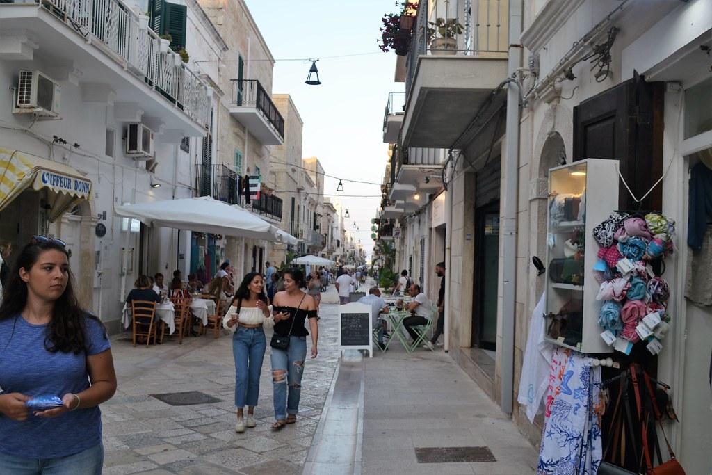 calle-polignano-4