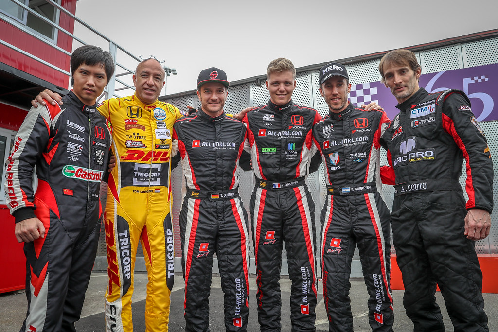 MA QINGHUA  (CHN), Boutsen Ginion Racing, Honda Civic TCR, portrait, CORONEL Tom, (nld), Honda Civic TCR team Boutsen Ginion Racing, portrait, SCHEIDER Timo (aut), Honda Civic TCR team ALL-INKL.COM Munnich Motorsport, portrait, EHRLACHER Yann, (fra), Honda Civic TCR team ALL-INKL.COM Munnich Motorsport, portrait, GUERRIERI Esteban, (arg), Honda Civic TCR team ALL-INKL.COM Munnich Motorsport, portrait, COUTO Andre  (MAC), MacPro Racing Team, Honda Civic TCR, portrait during the 2018 FIA WTCR World Touring Car cup of Macau, Circuito da Guia, from november  15 to 18 - Photo Alexandre Guillaumot / DPPI
