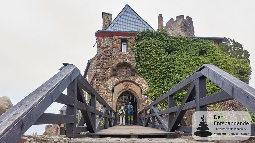 Moselsteig Etappe 22: Blick auf Burg Thurant