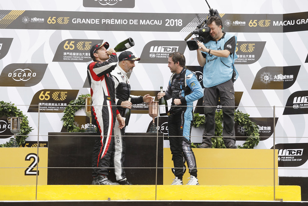 SCHEIDER Timo (AUT), ALL-INKL.COM Muennich Motorsport, Honda Civic TCR, portrait VERVISCH Frederic, (bel), Audi RS3 LMS TCR team Comtoyou Racing, portrait MULLER Yvan, (fra), Hyundai i30 N TCR team Yvan Muller Racing, portrait podium race 2 during the 2018 FIA WTCR World Touring Car cup of Macau, Circuito da Guia, from november  15 to 18 - Photo Francois Flamand / DPPI