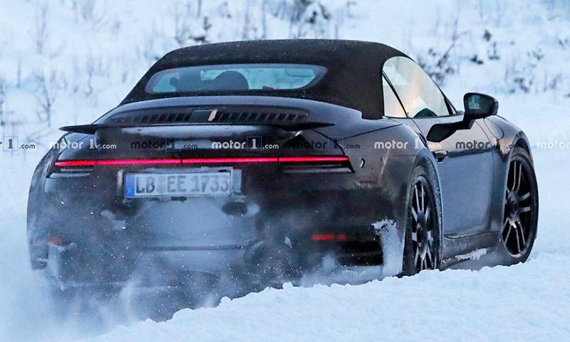 2020-porsche-911-turbo-cabriolet-spy-photo