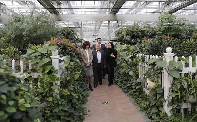 Visita a parque modelo de Tecnología Agrícola.