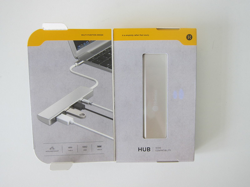 Humixx 4-in-1 USB-C Hub - Box Open