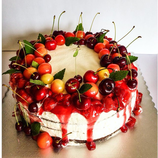 Cake with Cherries by Egle's Cakes