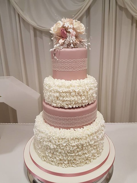 Cake by Mama's Kitchen