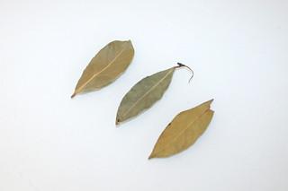 08 - Zutat Lorbeerblätter / Ingredient bay leafs