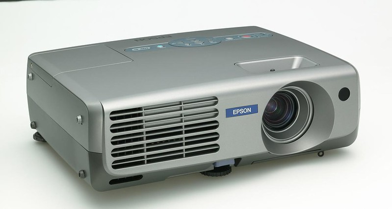 EPSON 61P Projector