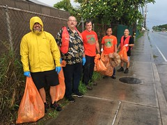 Maui Electric at Adopt-a-Highway Puunene Ave – Nov. 17, 2018: These men sacrificed their time on a Saturday morning to pick up litter!