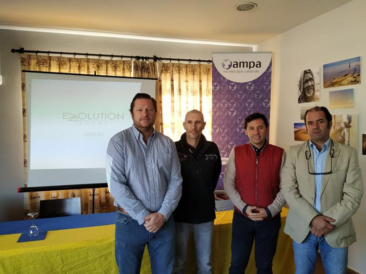 El Real Club Náutico de Algeciras acoge un taller psicológico para padres de deportistas