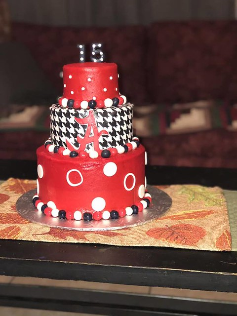 Cake by Tonia's Cakes