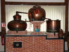 Cormeilles - La distillerie Busnel - Alambic d'apparat