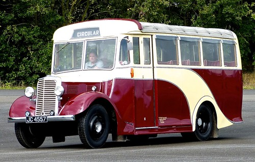 JC 4557 'Llandudno Urban District Council'. Commer PN3 / Waveney /2 on Dennis Basford's railsroadsrunways.blogspot.co.uk'