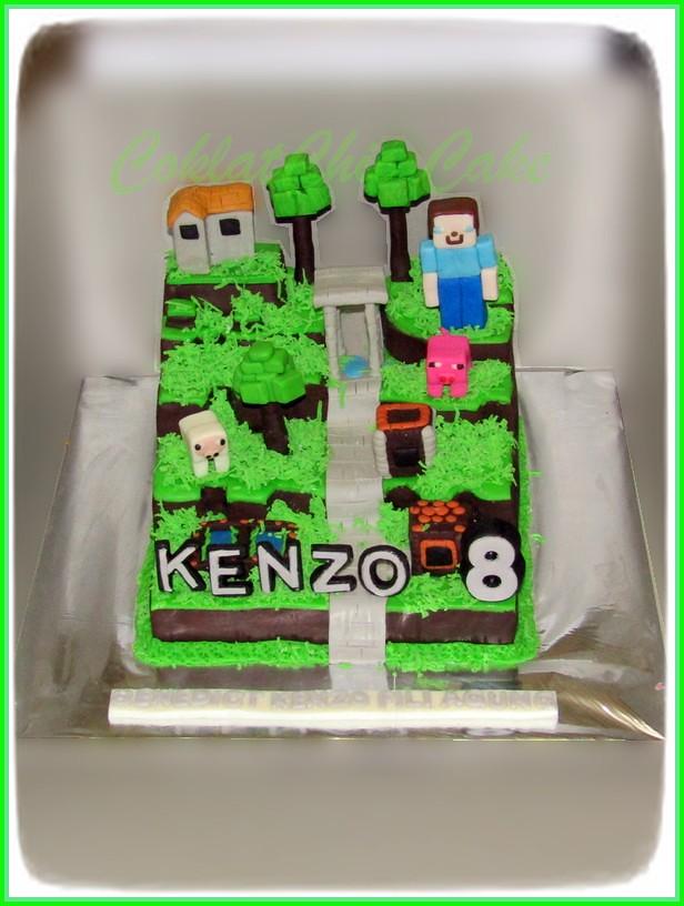 Cake Minecraft KENZO 15 cm