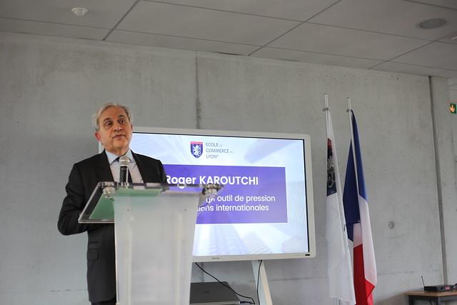 Conférence de Roger Karoutchi
