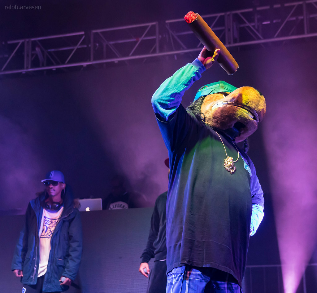 Snoop Dogg | Texas Review | Ralph Arvesen