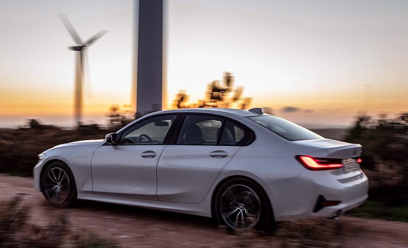 BMW-3-330d (3)