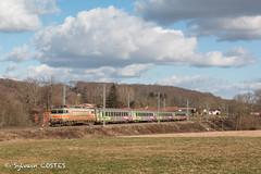 La BB 7297 amène le 14451 Toulouse - Bayonne sous la caténaire toute neuve. - Photo of Cantaous